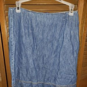 Ann Taylor blue Jean skirt♥️4 for 20$